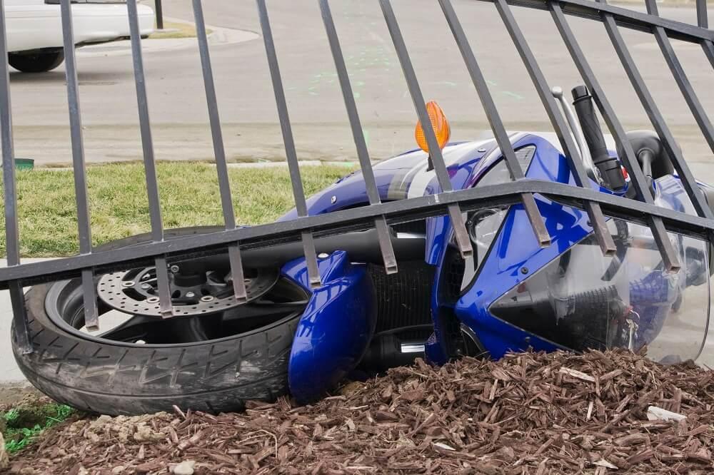 uszkodzony motocykl
